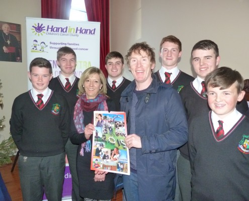 'Hand in Hand' Children's Cancer Charity ambassador Hector Ó hEochagain along with Jennifer Carpenter from the charity at the launch of the new calendar produced by St. Mary's College as part of their annual charity drive. Also pictured are, from left, St. Mary's students Gerard Davoren, Kyle Waldron, Adam Hernon, Matthew McDermott, Cian McAndrew and Tadhg Flaherty